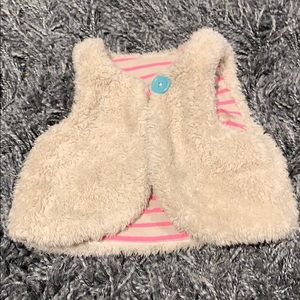 Boden 3-6 mo fuzzy vest